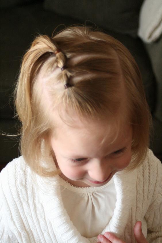 Peinados fáciles para niñas con cabello corto