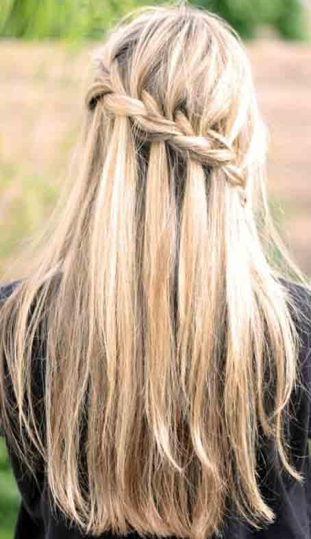 cabello con ondas hermoso peinado con trenza cascada