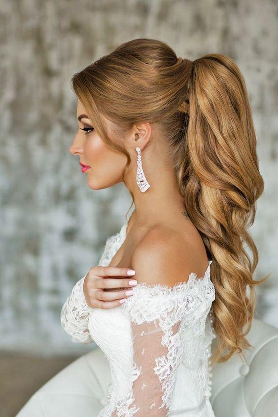 hermoso peinado para novia que puedes hacerte si tienes un evento muy importante y de mucho glamour a la noche