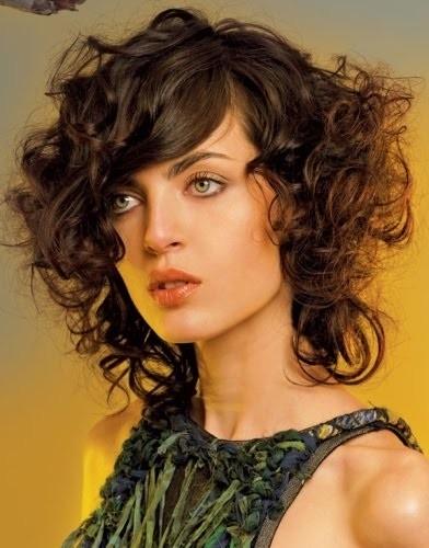 Cortes y peinados para cabello rizado cortos largos y - Cortes de pelo nina rizado ...