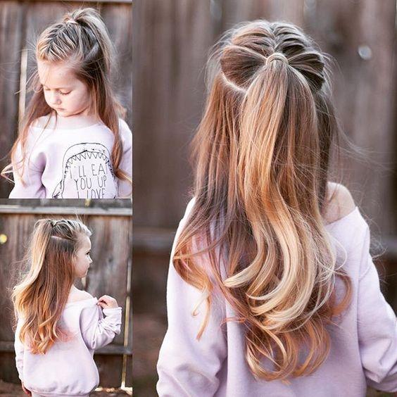 pelo largo mujer pequeña mama