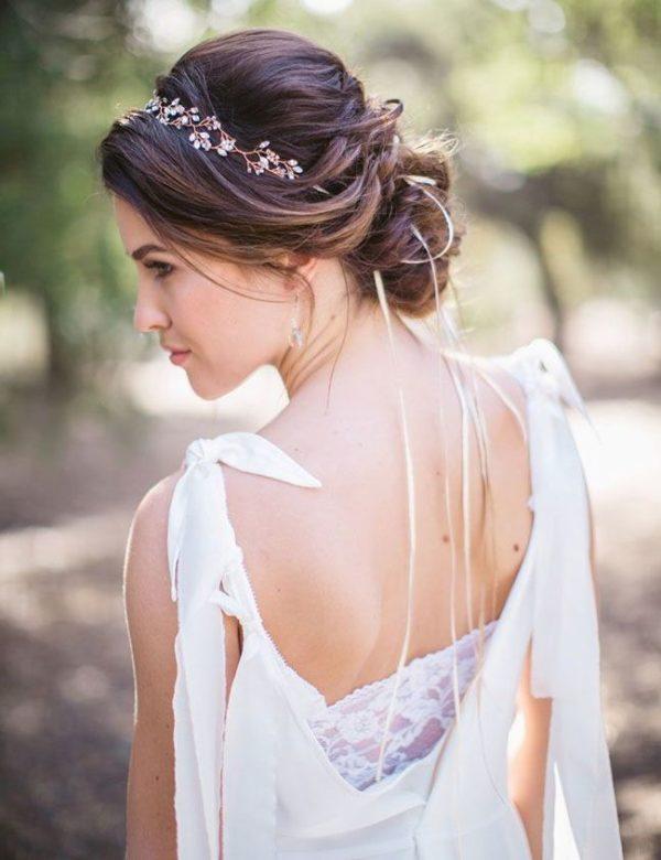 Instrucciones peinados con turbantes para bodas Galería de tendencias de coloración del cabello - 101 Peinados de Novia 2021 ¡¡Para Sorprender a todos en Tu ...