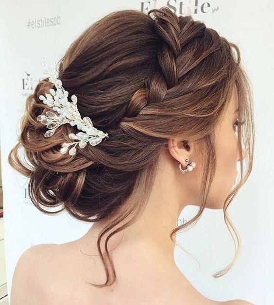 Peinados recogidos con trenzas para boda
