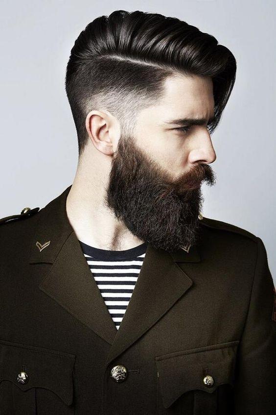 Corte de pelo largo hombre moderno