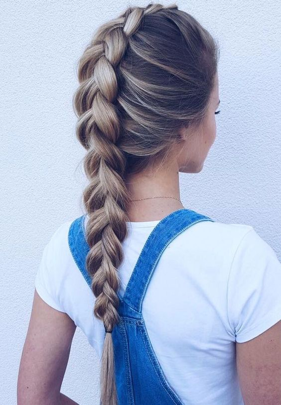 hermosa trenza hecha en un cabello largo - Trenzas Pelo Largo