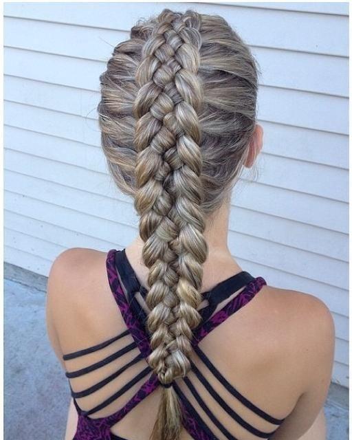 aqu en este blog te mostramos imgenes hermosas con trenzas de las cuales puedes sacar ideas y hacrtelas en tu cabello para una fiesta o para usar todos - Trenzas Pelo Largo