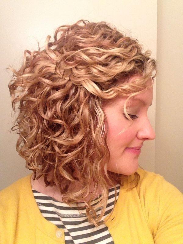 Como hacer rulos en el cabello corto