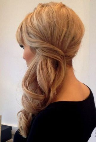 peinados de lado semirecogidos con ondas bucles y