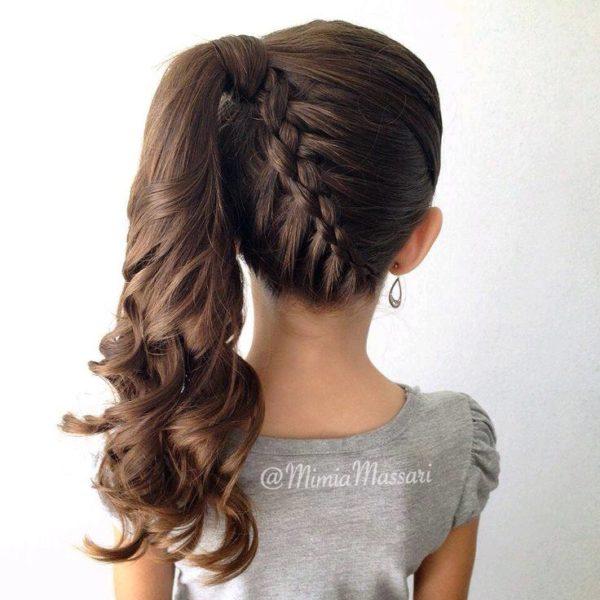 bello peinado con trenza y bucles maravillosos - Peinados De Trenzas