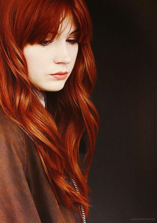 mejor guía de acompañantes cabello rojo
