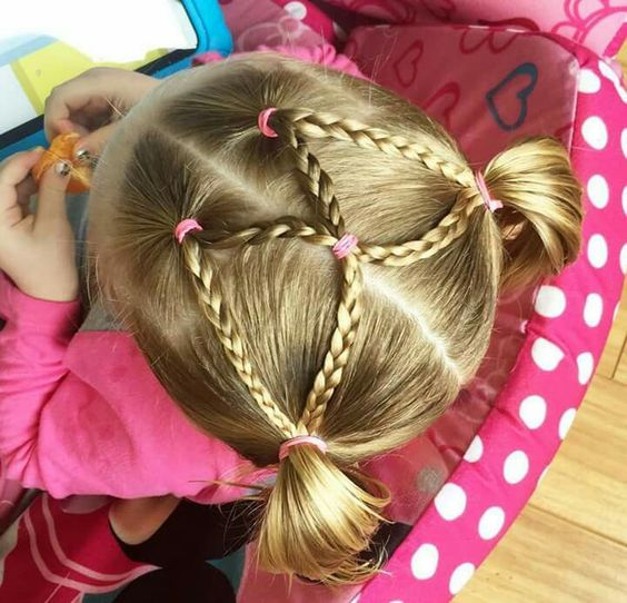 Peinados con dos coletas y trenzas