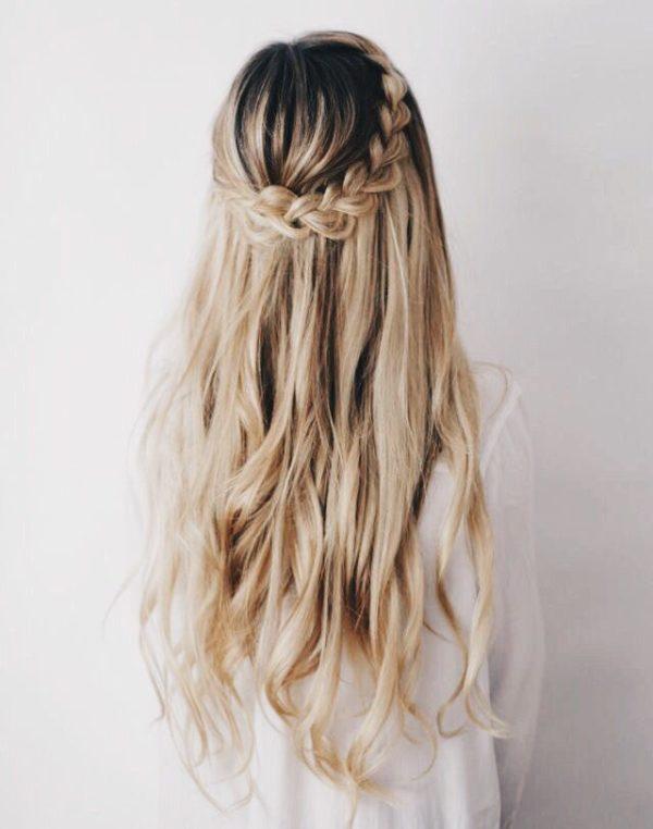 hacer desde peinados con trenzas mas complejas hasta trenzas mas simples solo tienes que dejar volar un poco tu imaginacin y practicar un poco - Peinados Bonitos