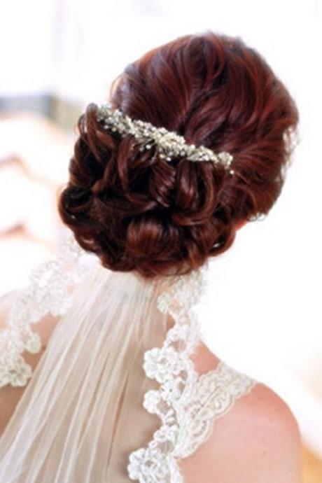 Ideas de peinados con velos para novias