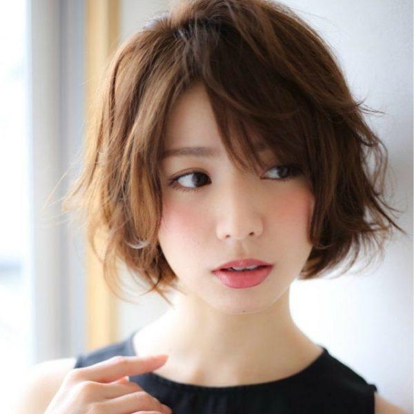 Peinados japoneses para hombres cabello largo